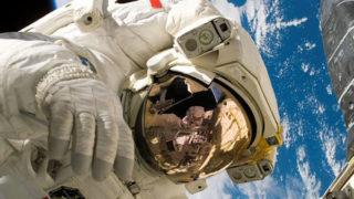 宇宙飛行士の為の音による診断治療装置?